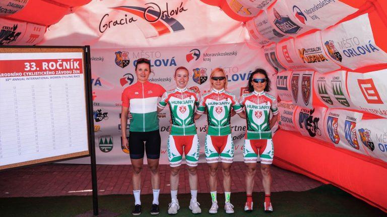 Többnapos UCI versenyen a női országúti válogatott