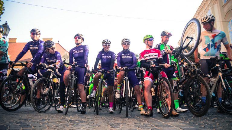 A Giro összehozza a kerékpárosokat: Több mint 350 bringás tekert a Giro 2020 Székesfehérvár élmény kerékpározáson